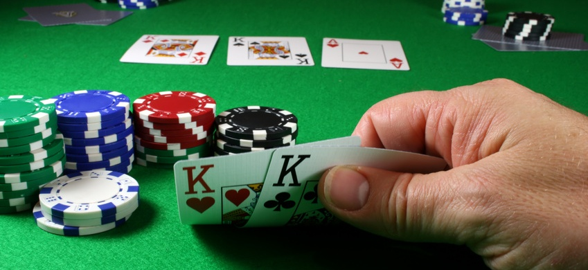 Offering Poker Services in Palm Beach Gardens, Florida - Palm Beach County